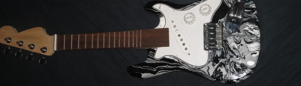 Tibos_elecric_ukulele_stratocaster